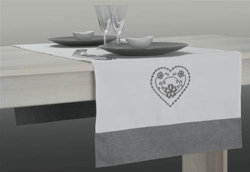 chemin de table brod. Black Bedroom Furniture Sets. Home Design Ideas